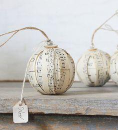Rustic Rag Ball Ornaments  Vintage Sheet Music door ClothandPatina