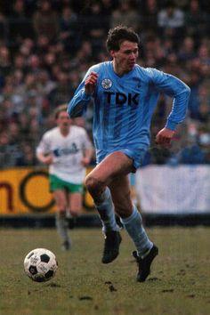 All Star, Marco Van Basten, Different Sports, Real Madrid, Milan, Soccer, Baseball Cards, Amsterdam, Dutch