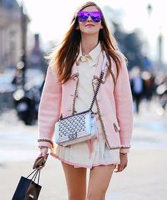 "20c55a401db Chiara Ferragni on Instagram  ""At Chanel  TheBlondeSaladGoesToParis"". Óculos  De Sol ..."