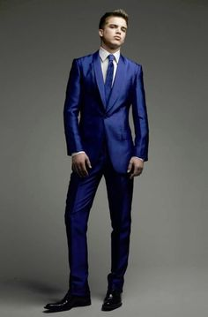 Now this suit is BLUE.