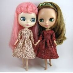 A source for free Blythe doll patterns to sew knit or crochet