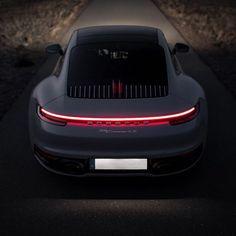 Porsche Iphone Wallpaper, Mercedes Wallpaper, Porsche Turbo S, Porsche 911 Models, Porche Car, Porsche 718 Boxster, Car Silhouette, Lux Cars, Car Hd