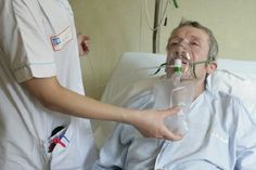 Despite the many health benefits of long-term oxygen therapy, not enough people with COPD stick with the treatment. Here's why you should.