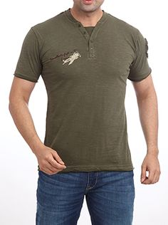 If you are unsure about what to wear for your first yacht sailing, Parx has the answer for you. Parx Jeans Men Green T-Shirt comes in a fancy green color that is subtle and elegant for a day out at sea. The graphics on the left sleeve and glider graphics on the right shoulder make it a good choice for a day full of activity. This 100% cotton t-shirt will keep the heat at bay. So go ahead and grab this one. Casual T Shirts, What To Wear, Sailing, Fancy, Graphics, Sea, Elegant, Shoulder, Green