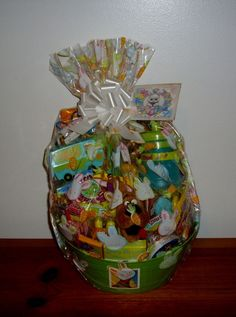 SCOOBY DOO EASTER GIFT BASKET SPORTSBOTTLE SCOOBY DVD TY SCOOBY TOYS CANDY NEW #WarnerBrothers