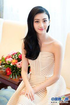 Lihn Peony played by Jing Tian Cute Beauty, Beauty Full Girl, Beauty Women, Pretty Asian, Beautiful Asian Women, Korean Beauty, Indian Beauty, Asian Fashion, Fashion Beauty