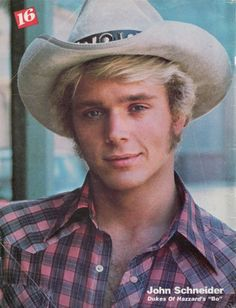 JOHN SCHNEIDER 20 years before he was Superman's Dad on Smallville, he was Bo Duke on The Dukes Of Hazzard!!