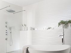 Porcelanosa Oxo Line Blanco Tile. Porcelanosa is a global leader in innovation, design, manufacture and distribution of beautifully refined and high quality tiles. Bathroom Toilets, Bathroom Renos, White Bathroom, Bathroom Wall, Bathroom Interior, Modern Bathroom, Small Bathroom, Master Bathroom, Design Bathroom