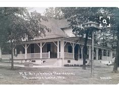 Pewaukee Lake, Lake Pictures, Victorian Cottage, Wisconsin, Local History, Milwaukee, Gazebo, Outdoor Structures, Park