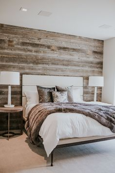 Residential and Commercial Interior Design Rustic Bedroom Design, Rustic Master Bedroom, Home Decor Bedroom, Modern Bedroom, Bedroom Wall, Bedroom Ideas, New Room, House Rooms, Home Interior Design