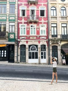 19 Places You Can't Miss in Portugal | The best cities, beaches, islands and towns to visit in the beautiful country of Portugal,
