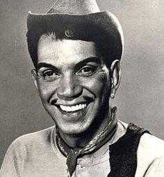 "Mario Moreno ""Cantinflas""."