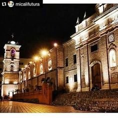 Iglesia San Francisco, Cali, Colombia ( Valle Del Cauca, Colombia) Cali Colombia, Iglesia San Francisco, Big Ben, Mansions, House Styles, Building, Iglesias, Travel, Salsa