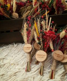 Geschenk Souvenir Magnete stump - nuha assad -, gift present # . Wedding Candy, Wedding Favors, Diy Wedding, Rustic Wedding, Wedding Decorations, Ramadan Gifts, Henna Night, Wedding Gifts For Guests, Deco Design