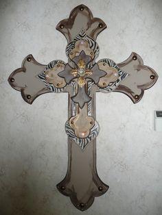 handmade stacked wood crosses 'Cross' my heart . Mosaic Crosses, Wooden Crosses, Crosses Decor, Wall Crosses, Decorative Crosses, Cross Love, Cross Heart, Burlap Cross, Old Rugged Cross