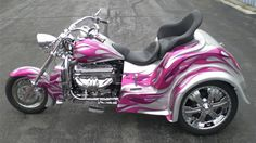 Boss Hoss 32 Coupe Trike - Silver with Purple flames ! Biker Chick, Biker Girl, Honda Trike, Scooter Motorcycle, Trike Scooter, Boss Hoss, Harley Davidson Trike, Hd Motorcycles, Pink Bike