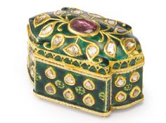 An Indian Jewel-set Gold and Enamel Small Box, Jaipur | Lot | Sotheby's