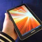 Dutch review about the Samsung Galaxy tab 7.7 (use it on the train)