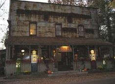 """Located on South State Road in the city of Nashville, Indiana, this particular structure has been considered one of the most haunted places in the area. Officially known as the """"Oldest Country Inn"""" located throughout the State of Indiana, this structure is located at the middle point of the State Park known as """"Brown County"""" and the National Forest identified as """"Hoosier""""."""