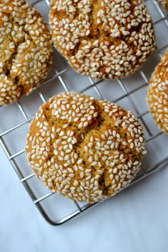 Delicious chewy cookies made with tahini and coated in sesame seeds. One of my favourite cookies! Honey Cookies, Yummy Cookies, Tahini Recipe, Paleo Honey, Cauliflower Crust Pizza, Eastern Cuisine, Paleo Sweets, Gluten Free Cakes, Recipe Collection