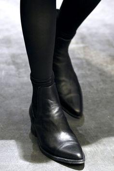 short black boots,black stockings