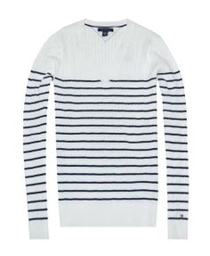 27a0b4e01eed6 Amazon.com  Tommy Hilfiger Women Striped Cable Knit V-neck Sweater  Pullover  Clothing