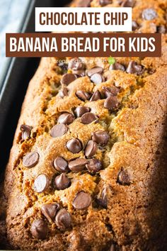 This chocolate chip banana bread for kids is a go to recipe that your family will LOVE! A super simple banana bread recipe that's crisp on the outside and moist on the inside. #chocolatechipbananabread #bananabreadrecipe #bananabread #simplebananabreadrecipe #createkidsclub Quick Bread Recipes, Fun Recipes, Banana Bread Recipes, Good Healthy Recipes, Healthy Breakfast Recipes, Muffin Recipes, Super Simple Banana Bread Recipe, Easy Banana Bread, Chocolate Chip Banana Bread