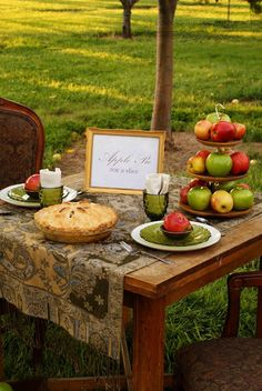 Little House on the Prairie: Apple Pie in the Orchard