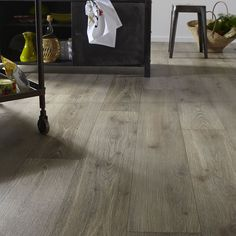Revêtement sol PVC Mazur Oak lame large 4 m - CASTORAMA