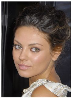 pretty, natural makeup but the spf in her foundation made her face look washed out in this picture