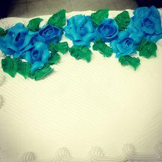 Blue roses, 1/4 sheet cake.