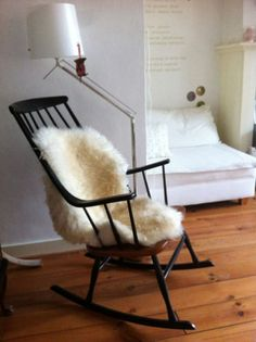 Living   Tapiovaara/Pastoe schommelstoel