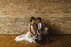 Vintage-Industrial-Chicago-Wedding-at-Salvage-One (12 of 33)