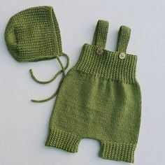 Baby knitting models are not distinguished from machine making easy hobbies check more at h. Baby Hats Knitting, Sweater Knitting Patterns, Easy Knitting, Baby Girl Romper, Baby Dress, Diy Baby Gifts, Romper Pattern, Baby Pants, Girls Rompers