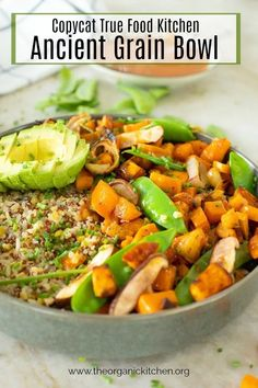 A delicious bowl of ancient grains, roasted sweet potatoes, onions, mushrooms and snow peas, all drizzled in a sweet and spicy glaze! Real Food Recipes, Vegetarian Recipes, Healthy Recipes, Vegetarian Barbecue, Barbecue Recipes, Vegetarian Cooking, Healthy Meals, Free Recipes, Healthy Grains