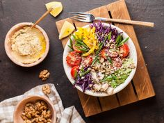 Five-Step Formula to Healthy, Delicious Meals in Minutes… Healthy Fats, Healthy Eating, Healthy Recipes, Good Food, Yummy Food, Delicious Meals, Troubles Digestifs, Why Vegan, Vegan News
