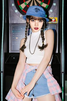 Short Hair Outfits, Cute Outfits, Korean Girl, Asian Girl, Moda Kpop, Crop Top Dress, Korean Fashion Trends, Blackpink Fashion, Blackpink Lisa