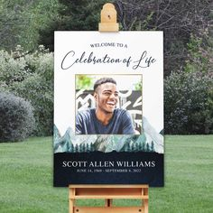 A memorial service welcome sign celebrating your loved one's life and the natural beauty of the outdoors- making this the perfect commemorative. Choose between two sign materials and sizes