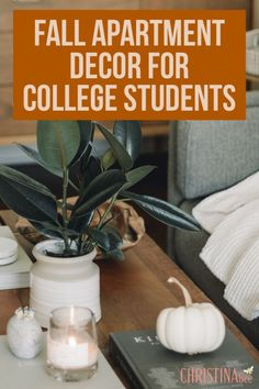 Cute Fall Decor for College Apartments - neat. Fall Apartment Decor, Cozy Dorm Room, College Apartments, Student Apartment, College Motivation, College Life Hacks, Going Back To College, Small Pumpkins, University Life