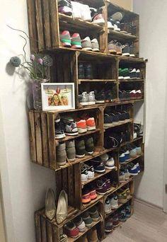 Schuhregal ähnliche Projekte und Ideen wie im Bild vorgestellt findest du auch … Shoe rack similar projects and ideas as shown in the picture you can also find in our magazine (Diy Storage)