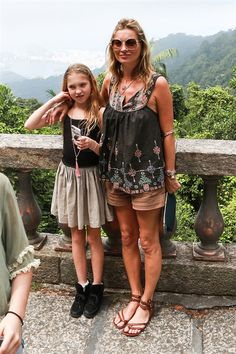 Kate Moss & Lila: Beautiful In Brazil Lila Grace Moss, Lila Moss, Moss Fashion, Kate Moss Style, Celebrity Moms, Mom And Dad, Style Icons, Supermodels, Bohemian