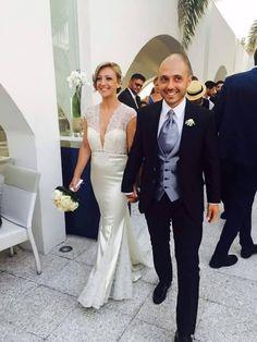 Storie di nozze Al Chiar di Luna: Valentina e Enzo sposi evergreen. Inviaci la tua foto, per rivivere insieme il tuo giorno più bello #alchiardiluna #ilmatrimoniochestaisognando #sposievergreen