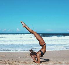 4 Yoga Poses to Reduce Belly Fat Yoga Meditation, Yoga Flow, Pranayama, Yoga Fitness, Sculpter Son Corps, Photo Yoga, Yoga Nature, Sup Yoga, Yoga Posen