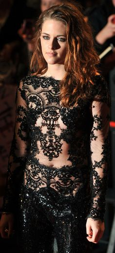 Kristen Stewart at the Breaking Dawn 2 premiere in London - November 2012