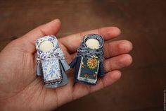 """Купить Куколки-брошки """"Голубая синь"""" - комбинированный, народная кукла, брошь, русский стиль"""