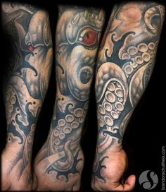 Octopus Forearm/Hand Tattoo by Brandon Schultheis: TattooNOW :