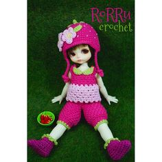 Hai.... It's me again... Sugar Plum, Bunda crochet me again new outfit, so cute.... I love strawberries ^^..  #Padgram