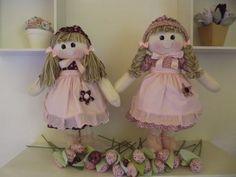 Boneca de Pano Rosa e Marrom