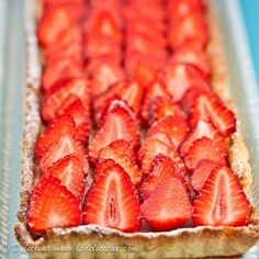 Donna Hay's deliciously creamy Rhubarb Strawberry and Ricotta Tart is topped with fresh strawberries for a delicious and decadent afternoon tea treat! via @deliciouseveryday