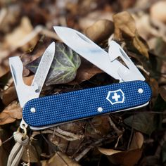 VICTORINOX Cadet Alox Limited Edition 2015 steel blue